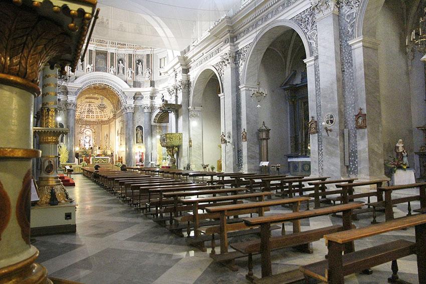 Interno chiesa Santa Maria in Bethlem