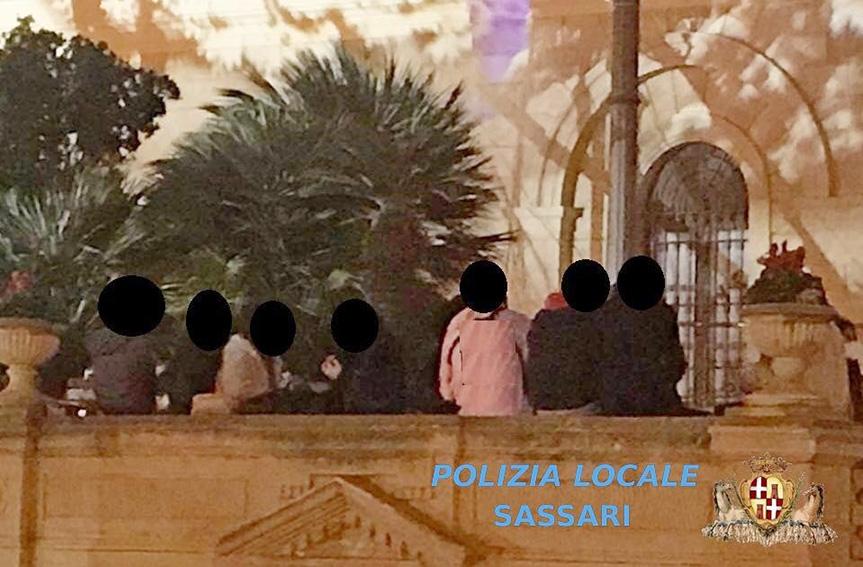 Assembramenti a Sassari