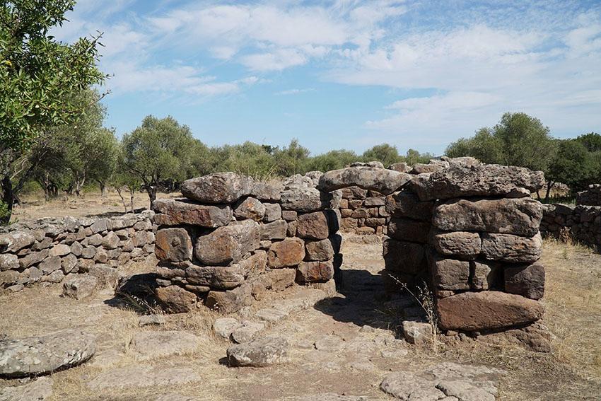 Archeoastronomia in Sardegna: Serra Orrios (Dorgali)