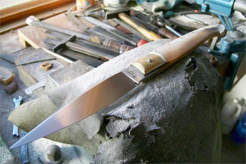 Artigianato artistico sardo_coltello