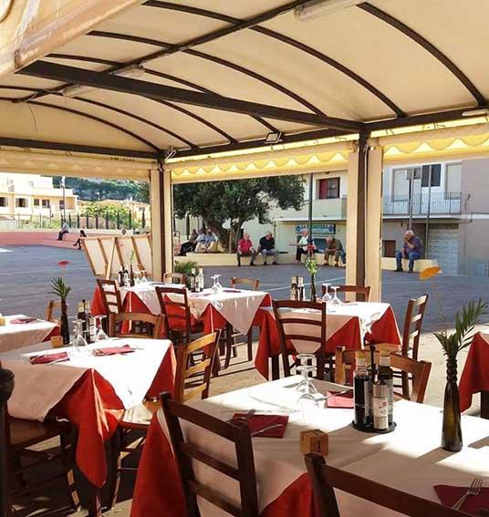 Castelsardo, nuova luce per i dehors