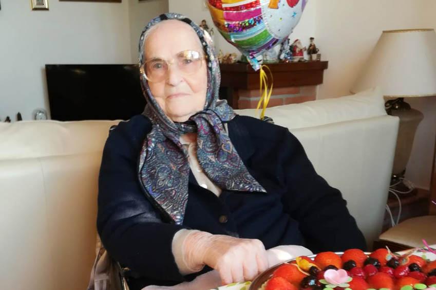 zia Nicolava Ruiu