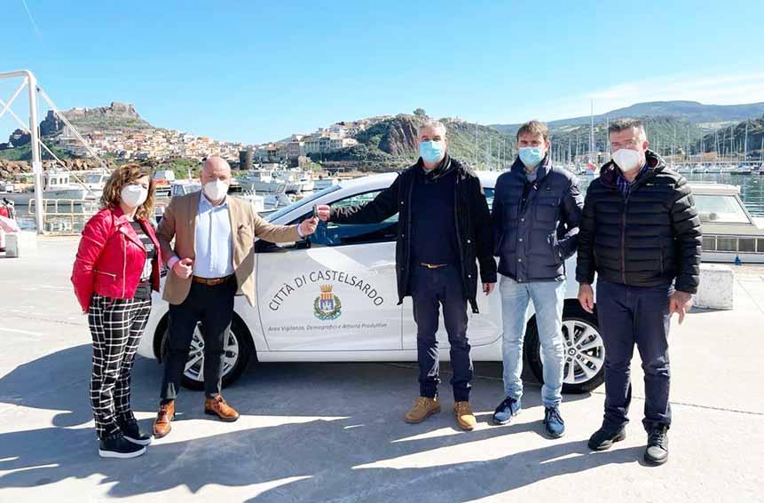 Acquistata la Prima auto elettrica a Castelsardo