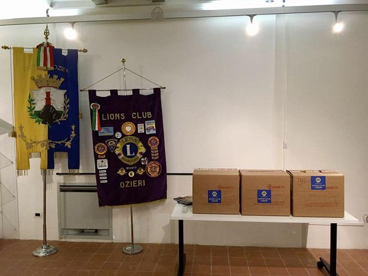 I Lions Club Ozieri dona 3 defibrillatori alle scuole cittadine
