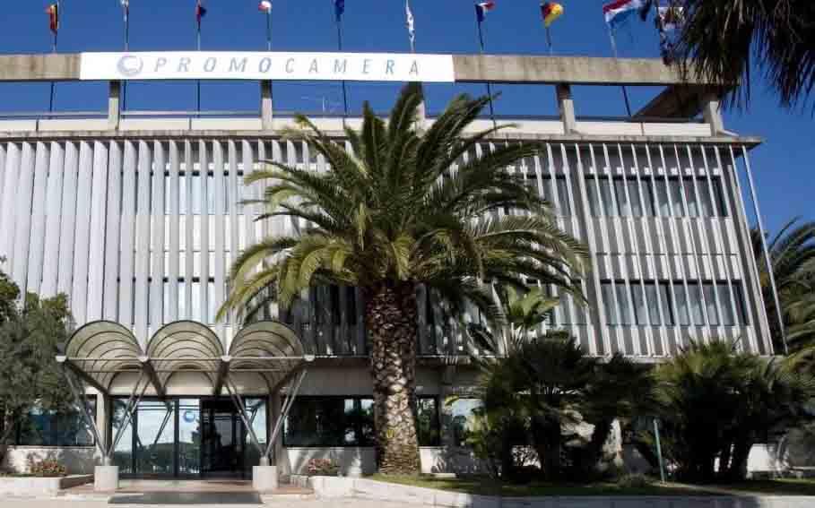 Centro vaccinale Promocamera Sassari