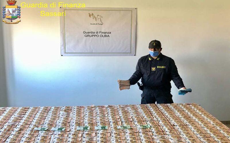 pregiudicato sbarca all'Isola Bianca con 55 mila euro in contanti