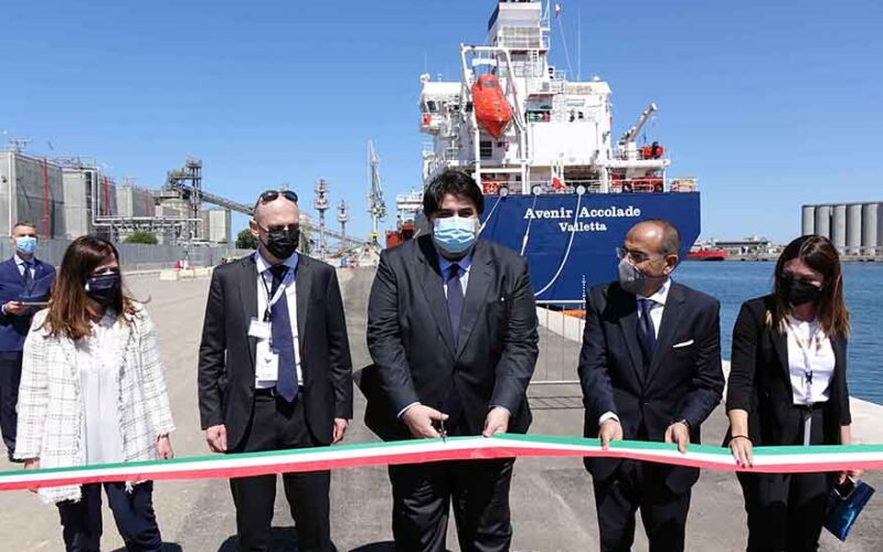 Arrivata a Oristano la prima nave gasiera del Mediterraneo