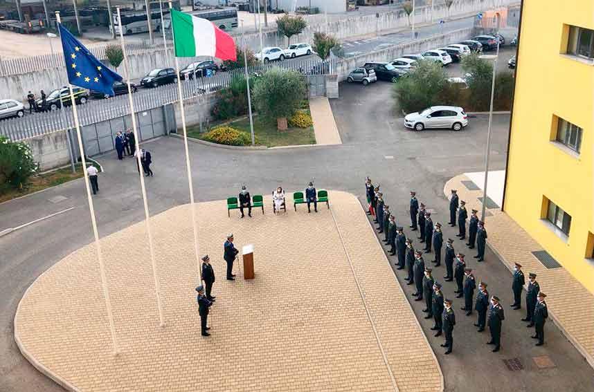 Cerimonia nuovo comandante Guardia di Finanza Sassari