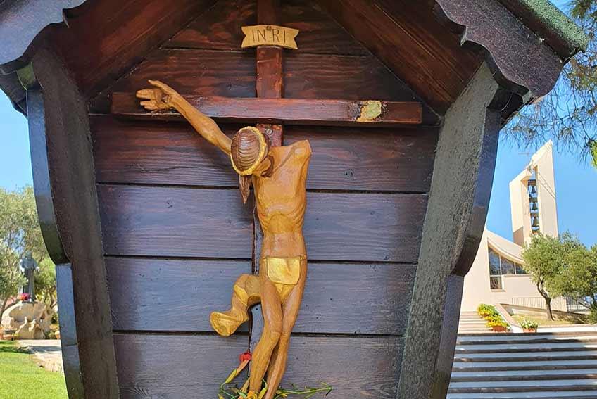 Il crocifisso della Chiesa di San Giuseppe di Golfo Aranci